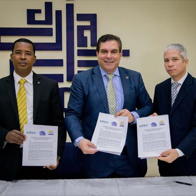 La Superintendencia de Pensiones, el CODIA y el ISES-CODIA firman acuerdo de cooperación